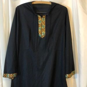 Long black embroidery lounging dress
